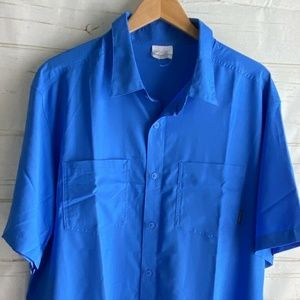 Columbia Shirt  XL Royal Blue Short Sleeve Button
